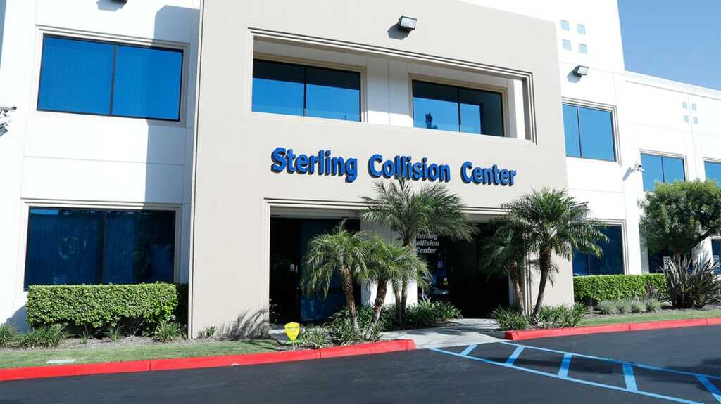 Sterling Collision Center front of building