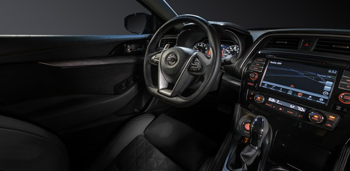 2017 nissan maxima adds apple carplay, appearance packages