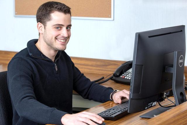 Mark Descalzi desk
