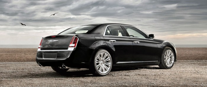 REVIEWED: Performance & Interior of the 2014 Chrysler 300 in Summit, New Jersey