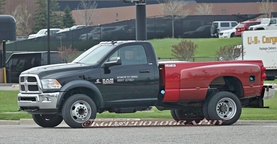 SPY SHOTS: 2018 Ram 5500 Regular Cab Dually